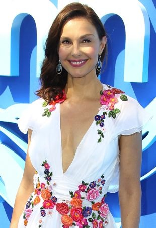 Ashley-Judd-DolphinTalePremiere-portraitcropped