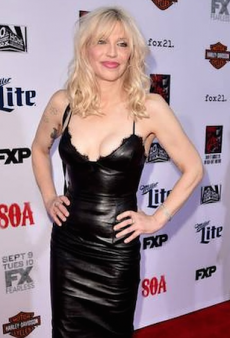 Courtney Love Publicly Shames Alex Perry Because of Wardrobe Malfunction
