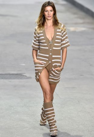 Gisele-Bundchen-ChanelSpring2015-portraitcropped