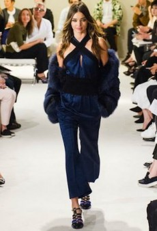 Miranda Kerr Returns to the Runway for Paris Fashion Week