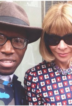 Link Buzz: Anna Wintour Takes a Selfie for the First Time, Britney Spears Is On Tinder