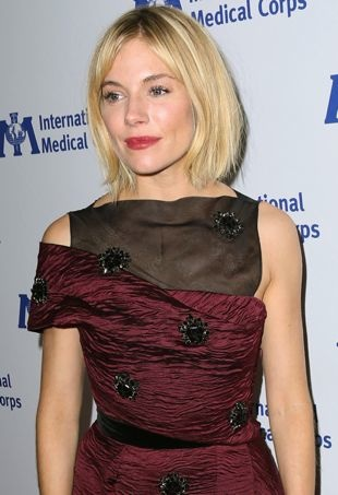 Sienna-Miller-MedicalCorpsAwards-portraitcropped