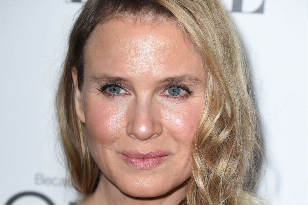 A close up of Renee Zellweger's face in 2014