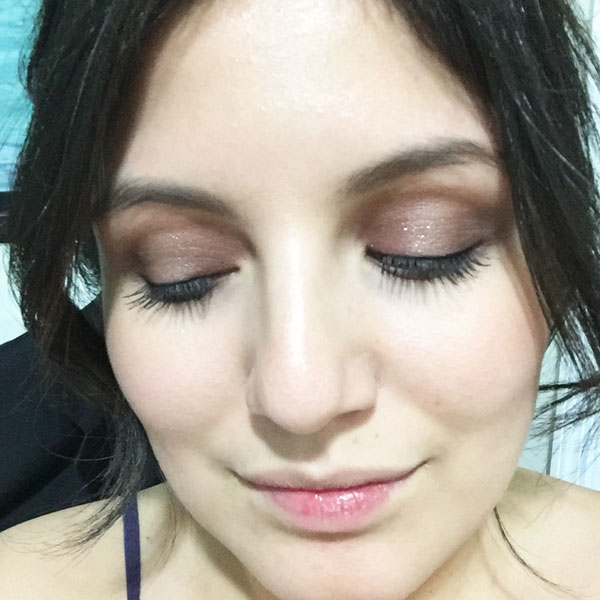 My finished look. So much pigment! Great for a night out.
