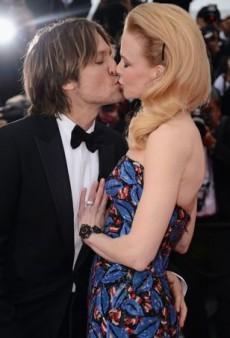 10 Unforgettable Red Carpet Kisses
