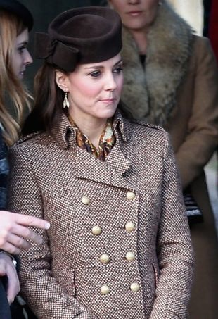 Kate-Middleton-ChristmasChurchServices-portraitcropped