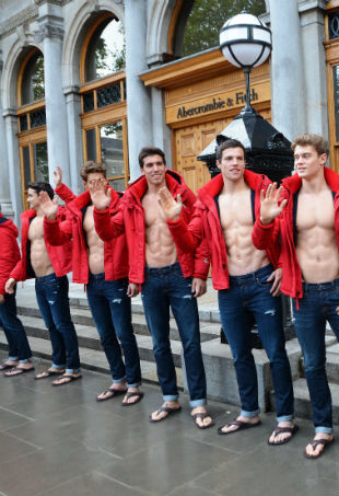 abercrombie-ceo-leaves-p