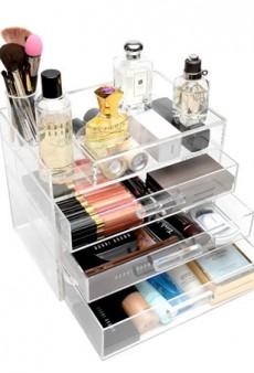 8 Ways to Keep Your Makeup Beautifully Organized