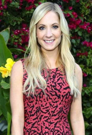 Joanne-Froggatt-AfternoonTeaWolfHall-portraitcropped