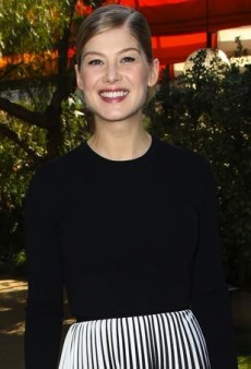 Rosamund Pike Is Pretty in Pleats Courtesy of Proenza Schouler