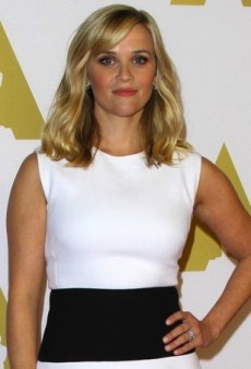 Reese Witherspoon Coordinates Like a Pro in Giambattista Valli