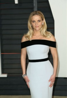 Reese Witherspoon Encourages Reporters at the Oscars to #AskHerMore Than Who Designed Her Dress