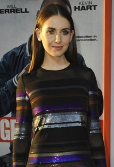 Alison Brie Steps Out in Stripes at the Premiere of 'Get Hard'
