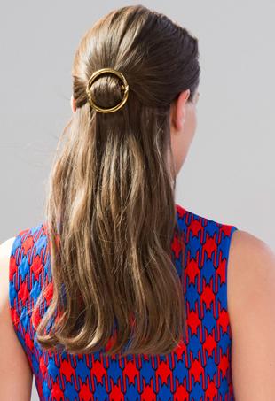 Celine-hair-clip-port