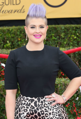 Kelly Osbourne red carpet