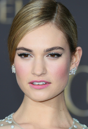 lily-james-cinderella-port