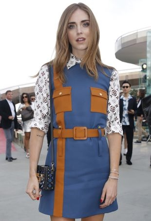 Chiara-Ferragni-LouisVuitton-70sFashion-portraitcropped