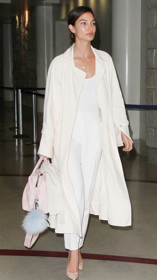 Lily Aldridge jets off from LAX in neutral separates