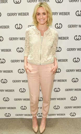 Taylor-Schilling-Visits-Toronto-Gerry-Weber-Store