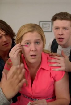 Amy Schumer Explains What Guys Really Mean when They Say You Don't Need Makeup
