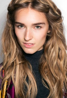 How to Use Sea Salt Spray to Style Your Hair