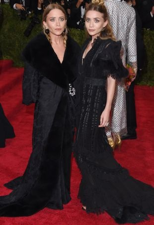 Mary-Kate-AshleyOlsen-MetGala-portraitcropped
