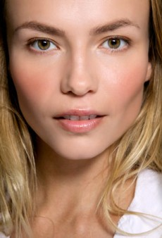 Amazing Drugstore Primers for Flawless-Looking Skin