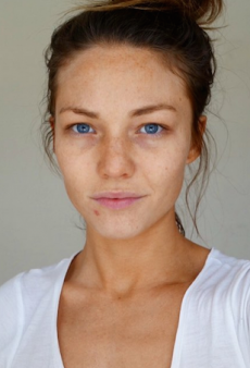 Sam Frost Continues to Be the Poster Girl for Realistic Expectations, Shares Makeup-Free Selfie
