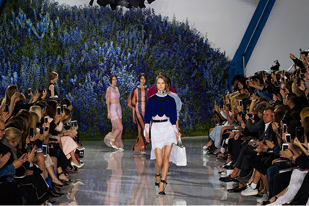 Christian Dior Spring 2016 runway