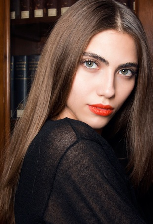 cristiano-burani-spring-summer-2014-diy-dry-shampoo-portrait