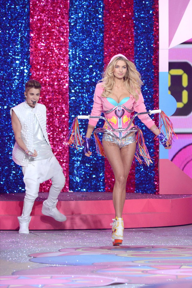 Justin Bieber and Jessica Hart walk the Victoria's Secret Fashion Show