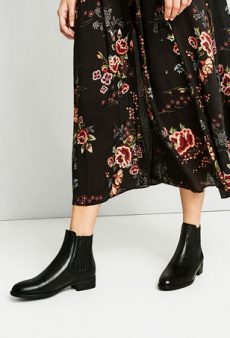 Found: 23 of Fall's Flat-Out Most Comfortable (and Stylish) Boots