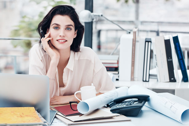 Clarins office woman