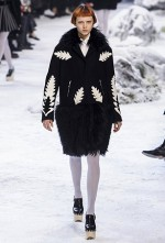 Moncler Gamme Rouge Fall 2016 Runway