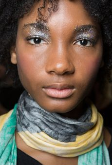 18 High-Impact Holiday Makeup Looks You Can Totally Pull Off
