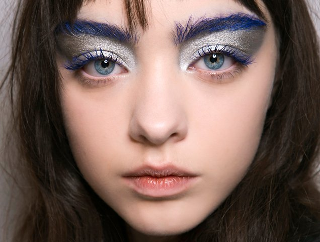 blue eyebrows at Central Saint Martins Fall 2017