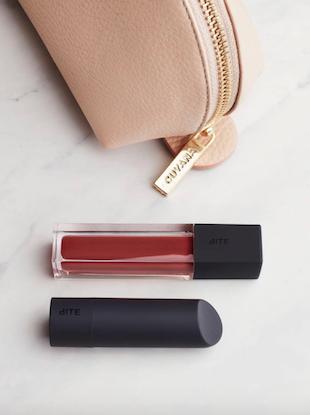 office-makeup-kit