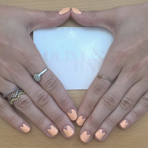 Negative Space Triangle - 51 Cool And Easy Nail Designs That Anyone Can Pull Off