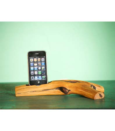 iPhone Dock by Woodtec
