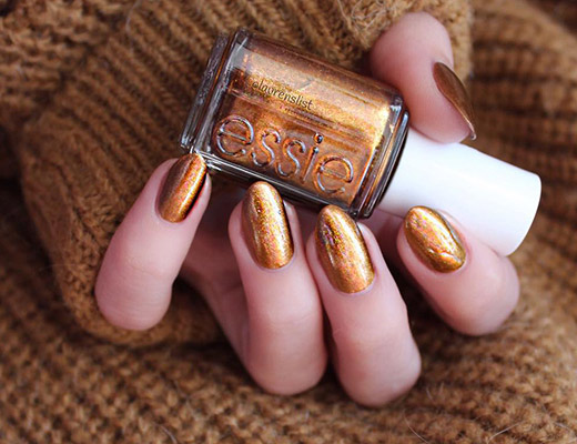 Paint Your Nails Metallic