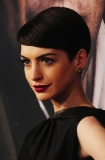 Anne Hathaway's Classic Beauty