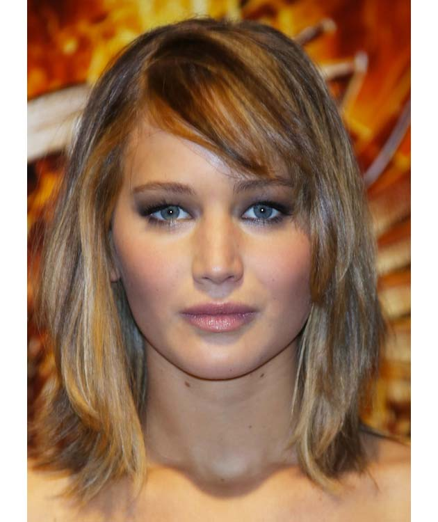 Jennifer Lawrence's Glossy Nude Lips