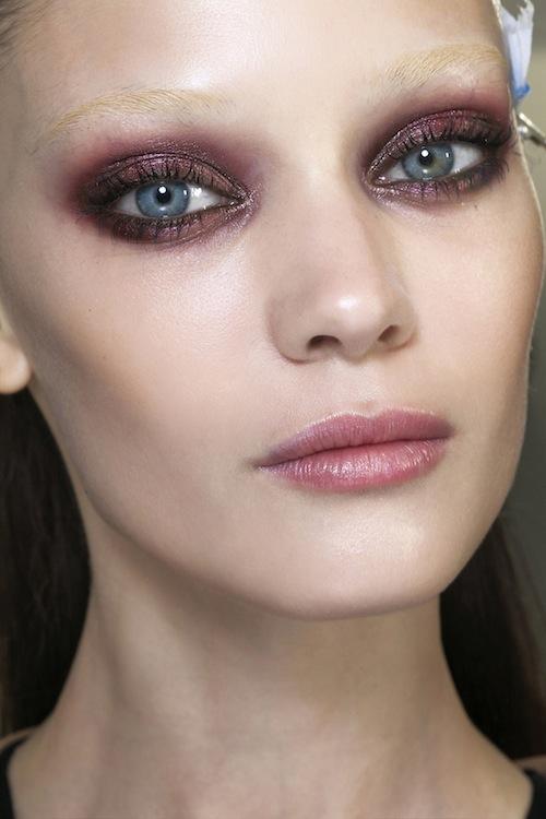 Pink eyeshadow can be flattering