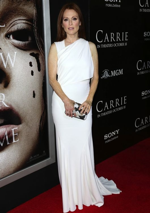 Julianne Moore at the Los Angeles Premiere of Carrie