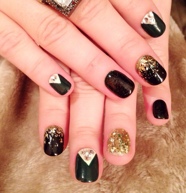 Demi Lovato's Nail Art