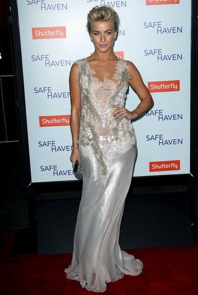 Julianne Hough at the Los Angeles Premiere of Safe Haven