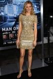 Elizabeth Banks at the Los Angeles Premiere of Man on a Ledge