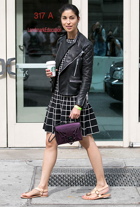 http://cdn2-www.thefashionspot.com/assets/uploads/gallery/fashion-editor-street-style-new-york-fashion-week-spring-2014/7-caroline-issa-new-york-str-rs14-4552.jpg