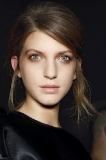 N 21's Rose Gold Stare