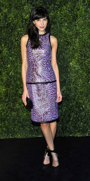 Caroline Sieber in Christopher Kane